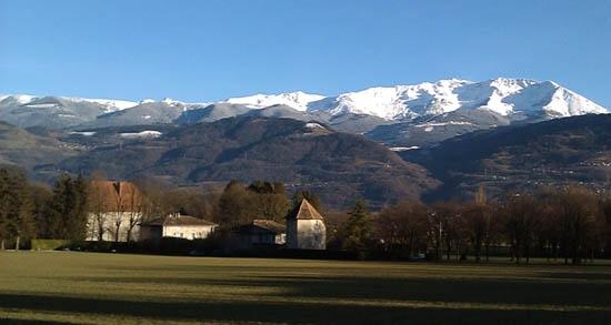 Chateau Crolles 550.jpg