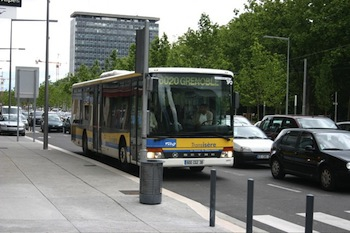 Bus 6020 Grenoble.jpg